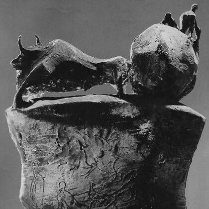 """Carro preistorico"" 1963 cemento cm 50x40x15"