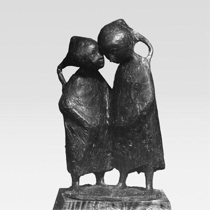 """""""Confidenti"""" 1948 terracotta cm 40 x 30 x 16"""